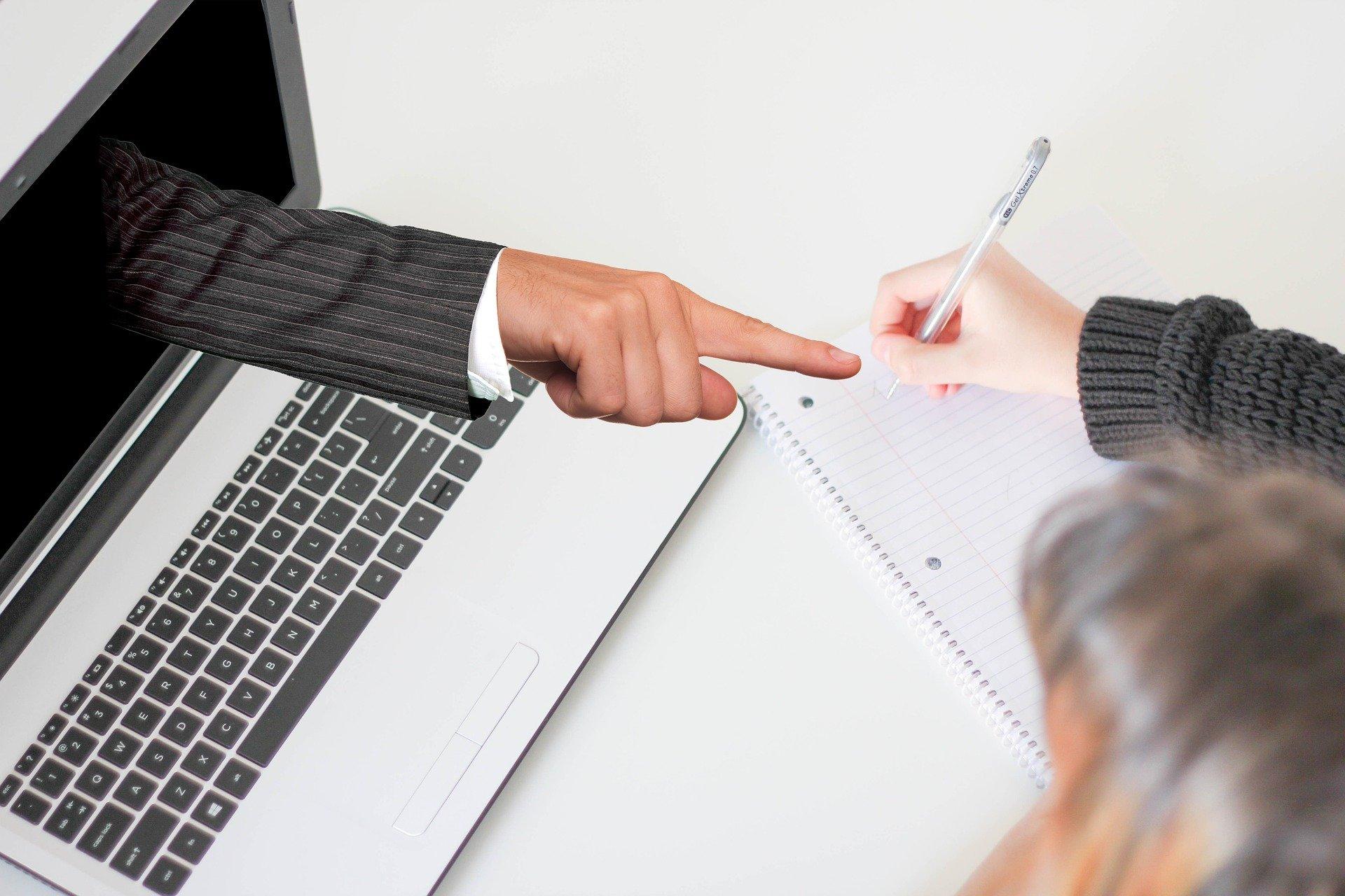 Webinar sobre la gestión de la legislación en Colegios Profesionales